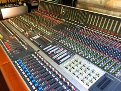 Studer 990 console Analogplanet